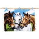 knüpfdecke drie paarden